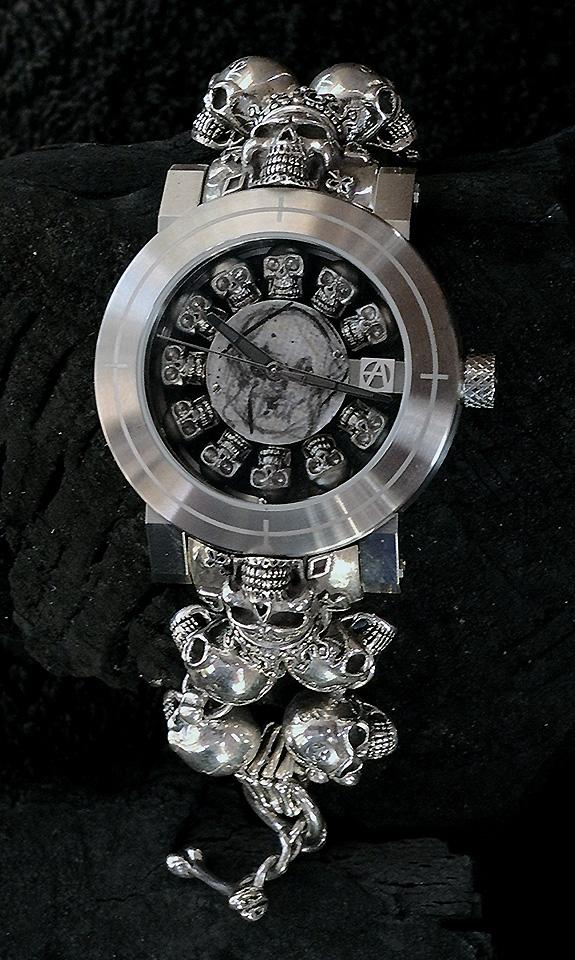 ArtyA Full Skull Watch