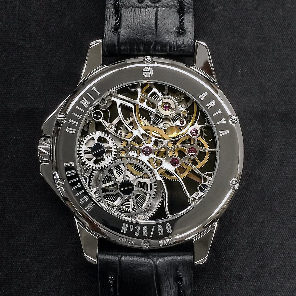 高級時計ブランド アーティアのスケルトン Shams Steel