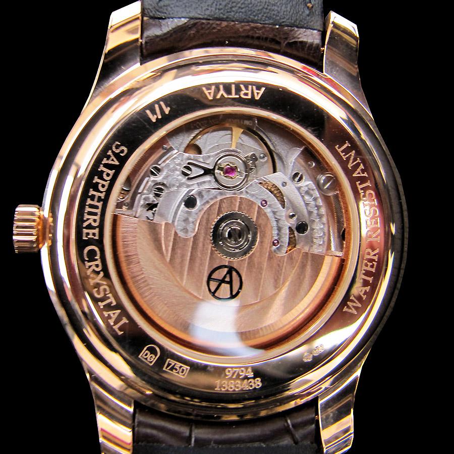高級時計ブランド アーティアの18Kアートウォッチ 背面