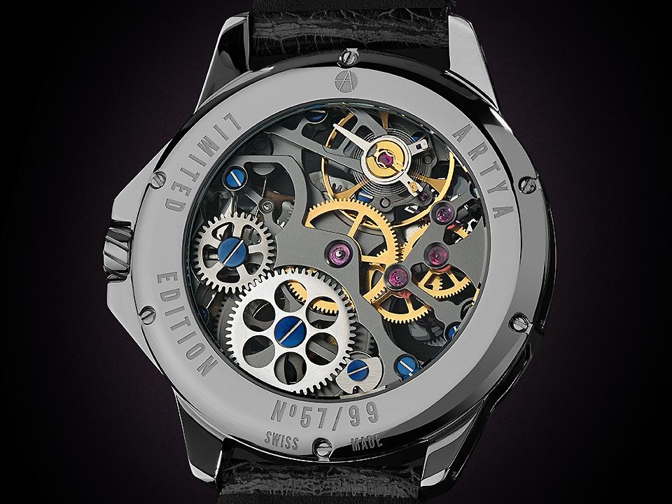 クォーツ時計と機械式時計の違い
