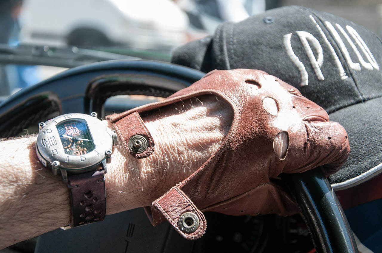モータースポーツ愛好家の時計 SPILLO